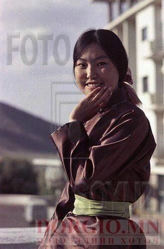 "Ардын жүжигчин Н.Сувд ""залуу нас"""